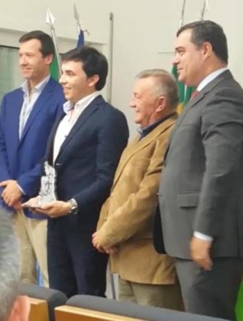 Rouxinol Júnior, galardoado pela união de Freguesias de Pegões