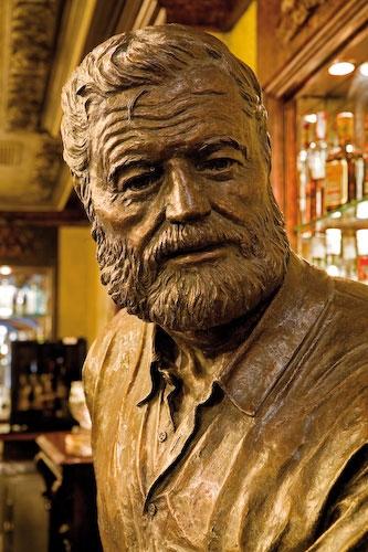 Hemingway, beber a vida até ao limite!