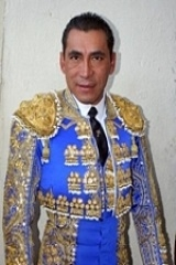 Eulalio López Zotoluco sozinho com seis toiros