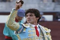Juan Del Alamo triunfa em Bilbau