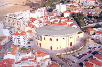 Coliseu Figueirense com projecto para a instalação de uma cobertura